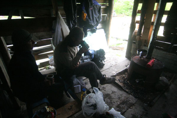 Abandoned hut - Carretera Austral