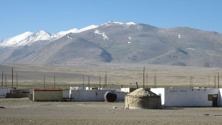 Alichur - Pamir Highway - Tajikistan