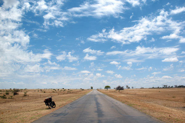 Cycling Highway 5 - East of Bulawayo