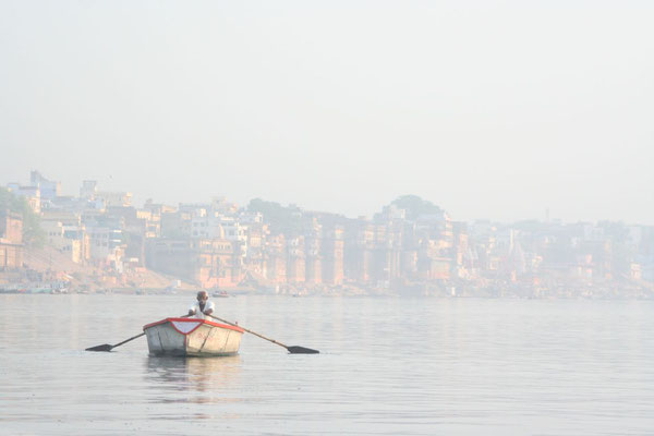 Rowing boat at Ganges River - Varanasi - Uttar Pradesh
