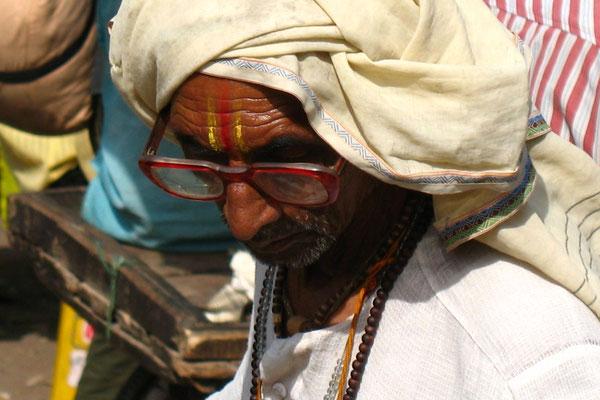 Man at market - Fatehpur Sikri - Uttar Pradesh
