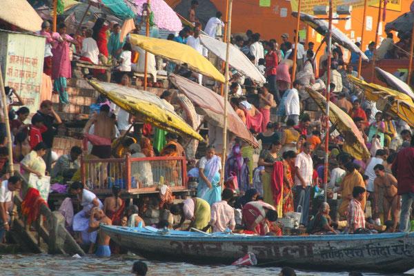 Bathing ghats - Varanasi - Uttar Pradesh