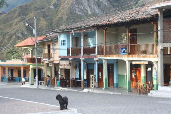 Plaza - Vilcabamba - Southern Ecuador