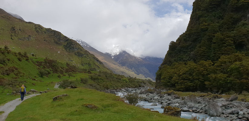 Matukituki Valley Track - South Island
