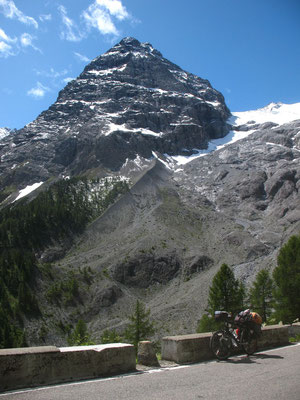 Cycling Stilfserjoch (Passo dello Stelvio) 2,758 m - South Tyrol - Italy