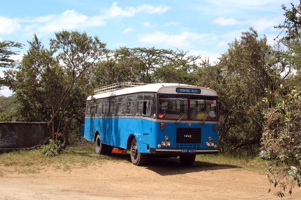 Kenyan school bus - Hell´s Gate National Park