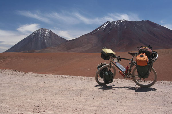 Leaving Bolivia behind - The Andes at 4,509 m - Northern Chile