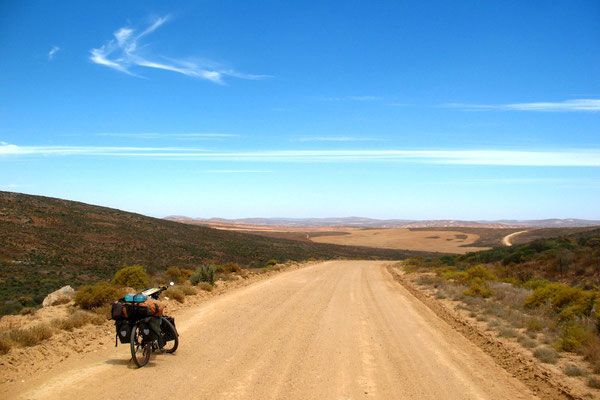 Approaching the coast - Near Bitterfontein - Western Cape