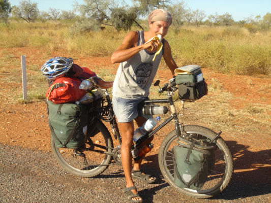 Cycling Stuart Highway - Northern Territory