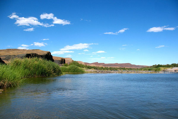 Orange River - Border to South Africa