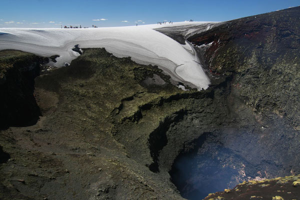 Rumbling and lava spitting Volcano Villarica
