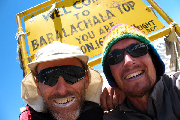 Hugo and me at Baralacha La - 4,883 m - Himachal Pradesh