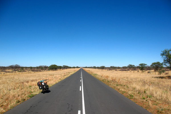 Cycling Trans Kalahari Highway - West of Gobabis