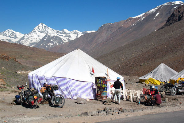 Rest at a parachute-tent Dhaba - Himachal Pradesh