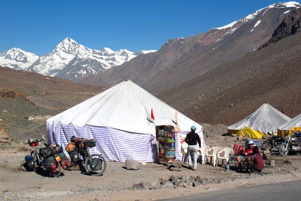 Rest at a parachute-tent Dhaba - Himachal Pradesh