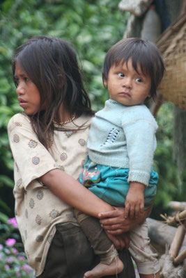 Girl at jungle village - Pino Lajas Reserve - Amazon Basin