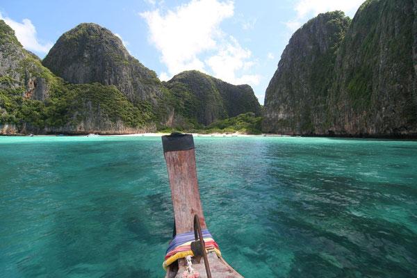 Approaching Maya Bay - Ko Phi Phi Leh