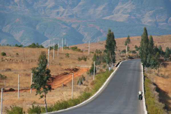 Cycling northern Yunnan Province