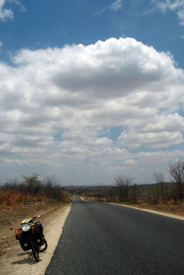 Cycling Tete Corridor - Northwestern Mozambique