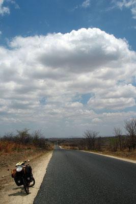 Cycling Tete Corridor - Northwestern Mozambique
