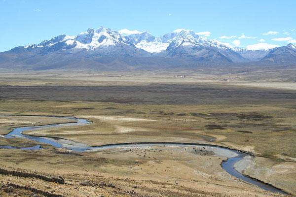 Road to Huaraz - Cordillera Blanca