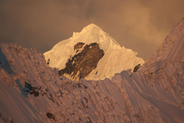 Sunset at Tocclaraju - Cordillera Blanca