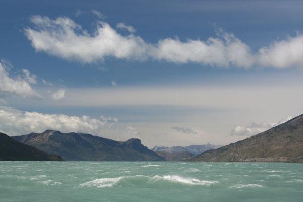 Crossing Lago O´Higgins