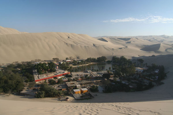 Lagoon and oasis - Huacachina - Ica Province