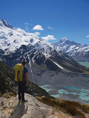 Sealy Tarns Track - Mount Cook - South Island