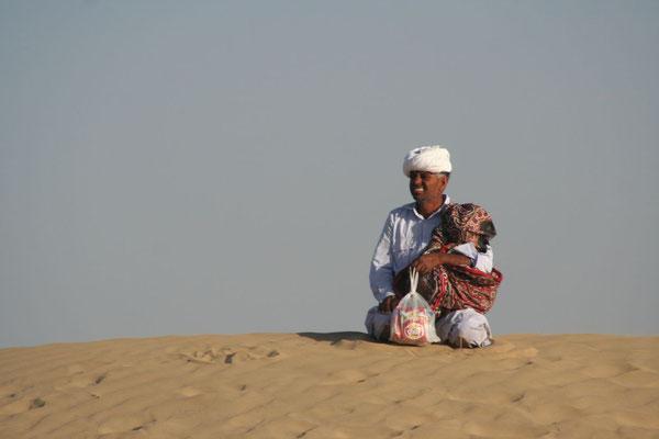 Snack vendor - Sam Sand Dunes - Rajasthan