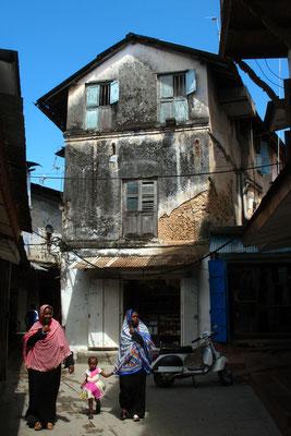 Alley in Stone Town - Zanzibar Island