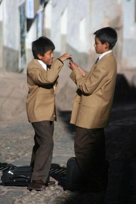 Schoolboys - Cuzco