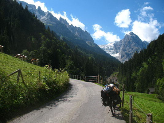 Cycling Rosenlauital - Summit of Wetterhorn - Bernese Oberland - Switzerland