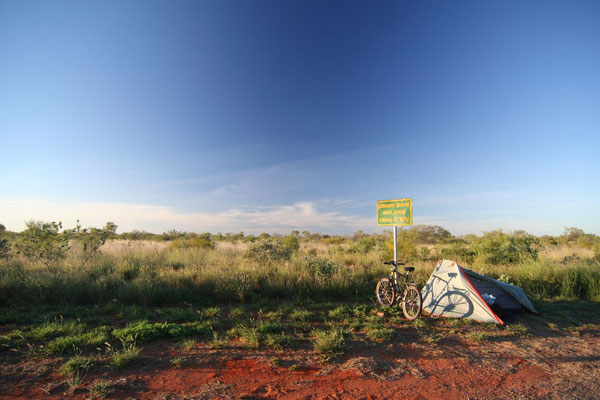 Camp at rest area - Barkly Highway - Northern Territory
