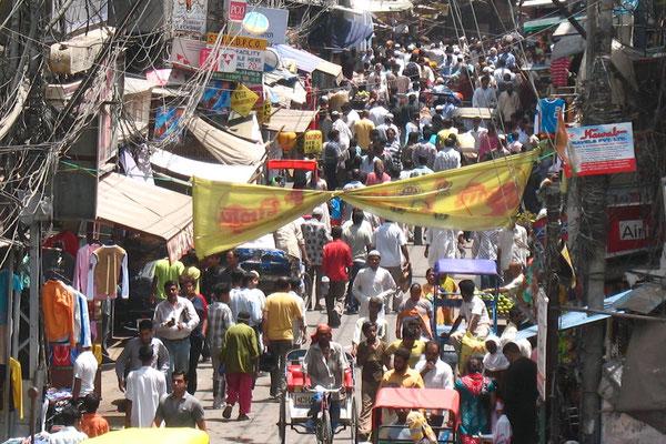 Chown Bazaar - Old Delhi - Delhi
