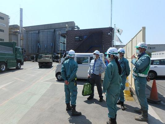 磯子区の横浜ベイアスコン アスファルト合材工場