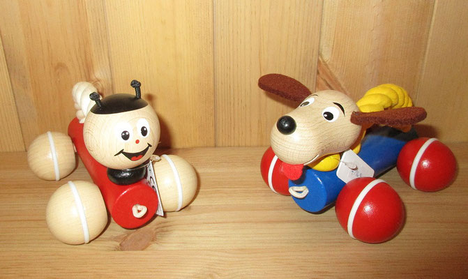 Käfer und Hund mit Griff zum Schieben