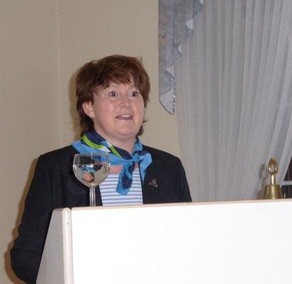 Claudia Jürgensen vermittelt die Arbeit des Landesverbandes