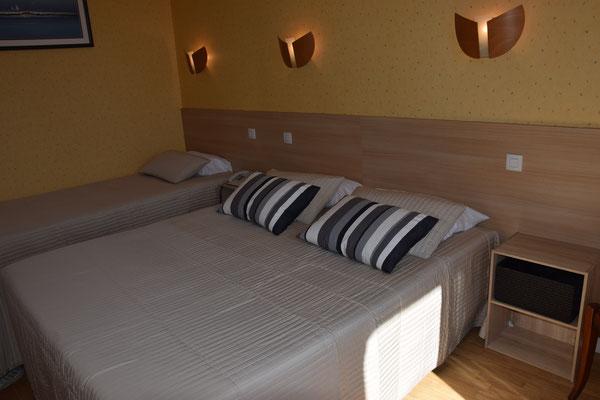 Chambre d'hôtel confortable Fougères