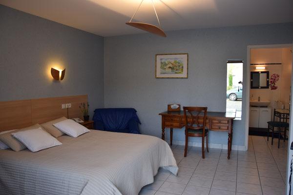 Hôtel accessible mobilité réduite près de Fougères (35)