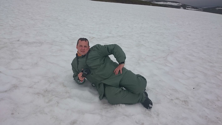 Ganz gemütlich im Schnee, war ja nicht kalt ;)