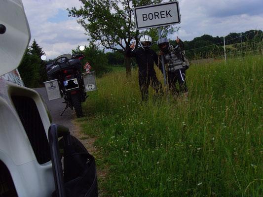 Ein kurzes Spaßfoto, denn Borek heißt eigentlich die Stadt wo das ITT stattfindet. Wir haben den Ort schon in Tschechien gefunden ;)