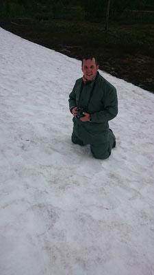 Auch Marco freut sich über den Schnee, nachdem der erste Schock überwunden ist ;)