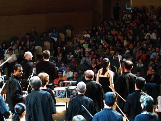 Final de concierto en el Auditori de Barcelona (foto: Jordi Torra)