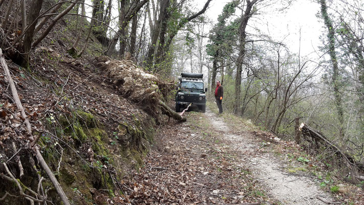 Lago Maggiore wolf-78 4x4 offroad Landrover overland expedition offroad