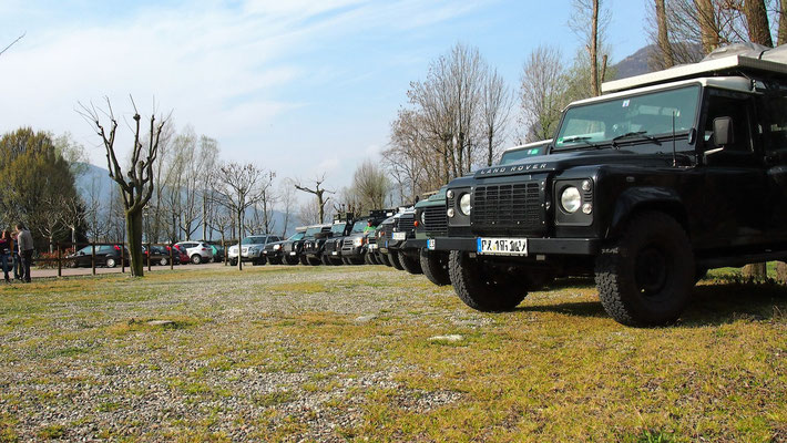 Lago di Mergozzo wolf78 Camping  4x4 offroad Jeep Grand Cherokee WH WK overland expedition offroad Wolf78-overland.ch Defender