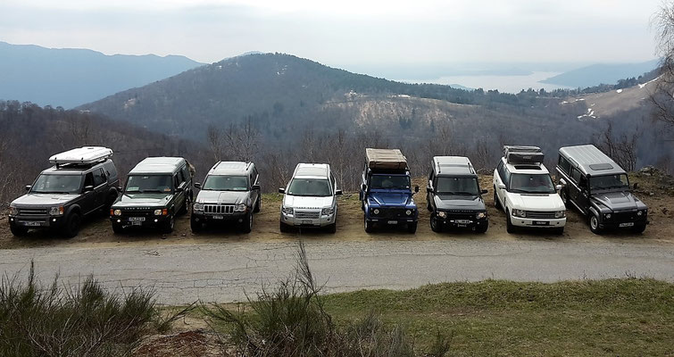 Lago di Mergozzo wolf-78 4x4 offroad Jeep Grand Cherokee WH overland expedition offroad Landrover