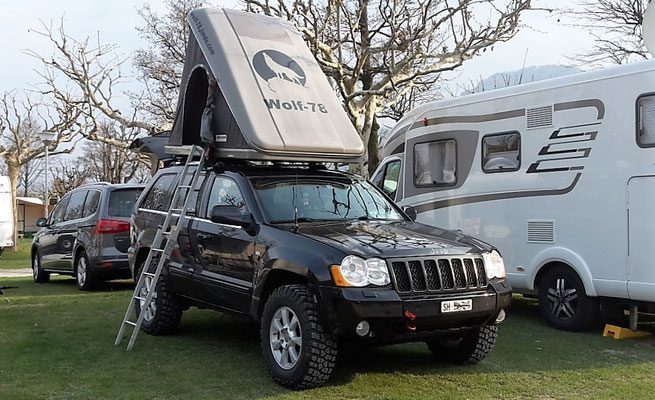 Lago di Mergozzo wolf78 Continental Camping Village 4x4 offroad Jeep Grand Cherokee WH WK overland expedition offroad Wolf78-overland.ch Dachzelt Maggiolina fiber Carbon