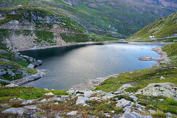 Lago del Narèt Valle Maggia offroad Schweiz Tessin overland expedition 4x4 Natur Alpen Berge wolf78-overland.ch Stausee
