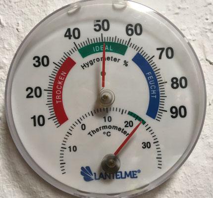 Raum 1 Temperatur 22 °C erreicht.